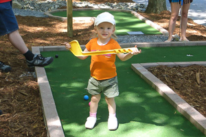 Deer Run Campground Little Boy Mini-Golf